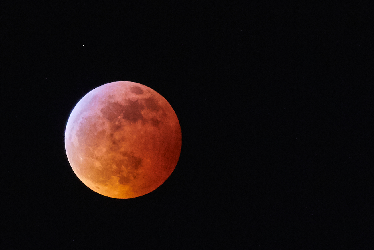 Belated photo of the supermoon eclipse from January 20, 2019.